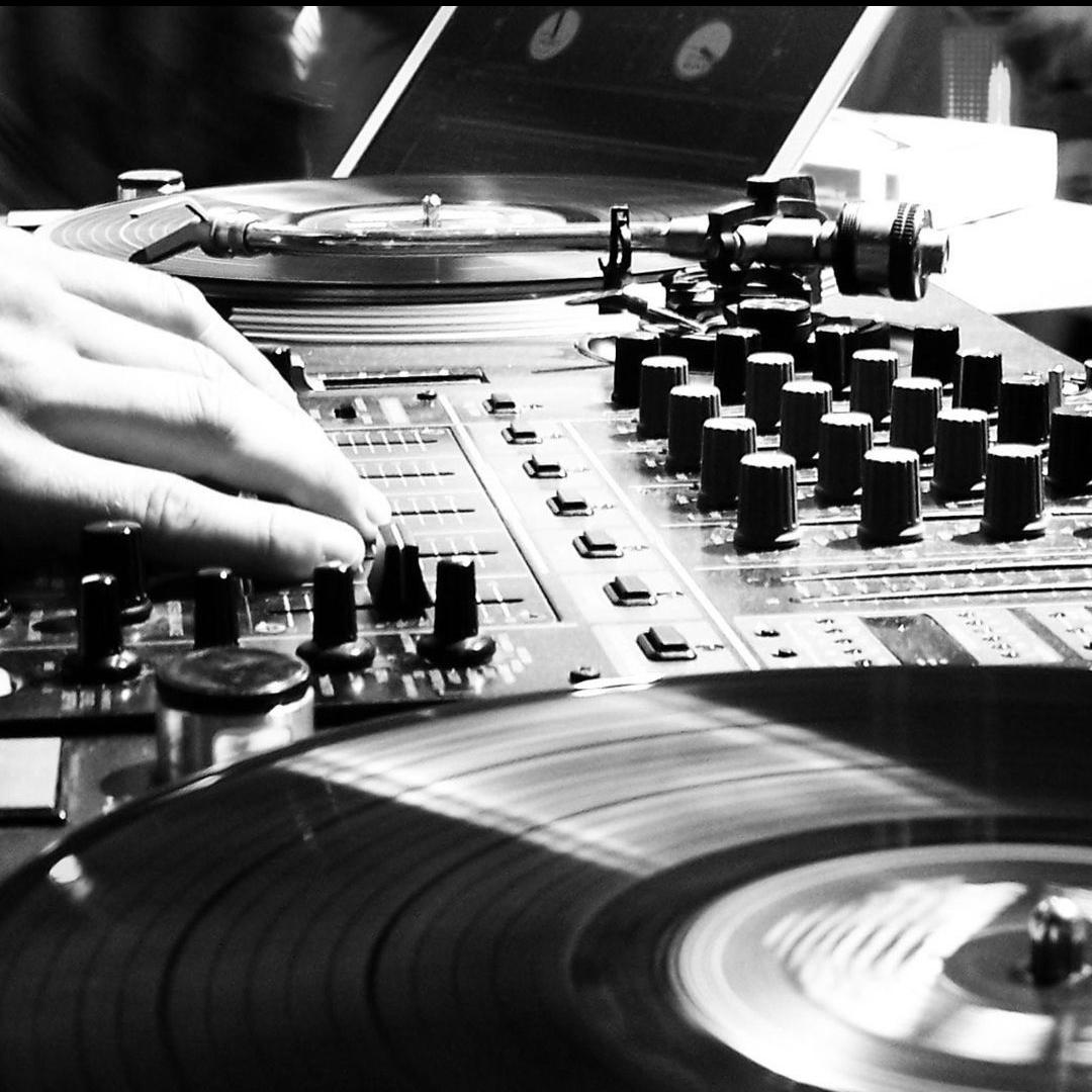 Cuatro Vientos Prelude Disco FM