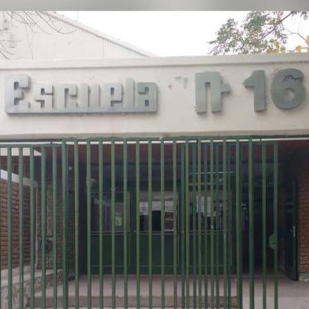 La 16R... Proyecto de radio escolar