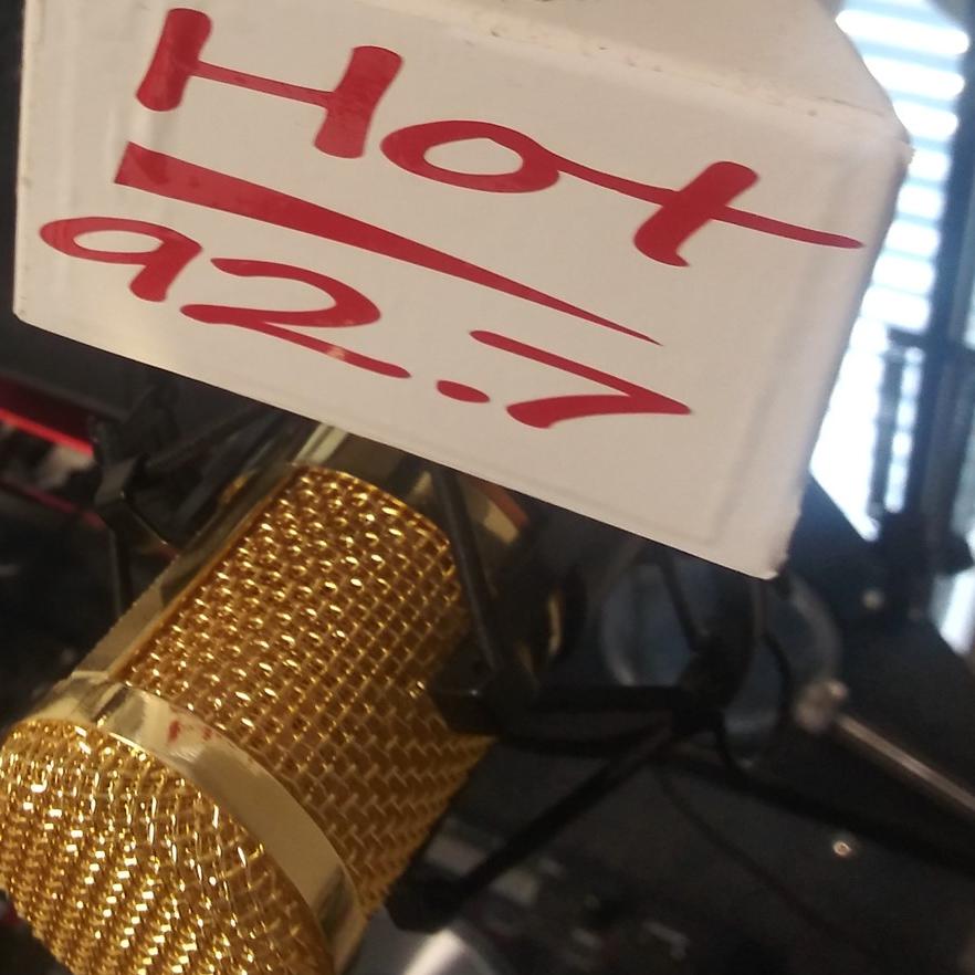 Hot 92.7