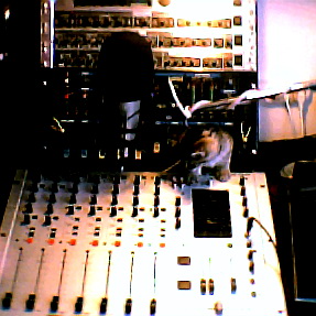 XRAZ-FM