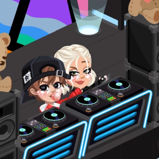 DJ-lROAAl